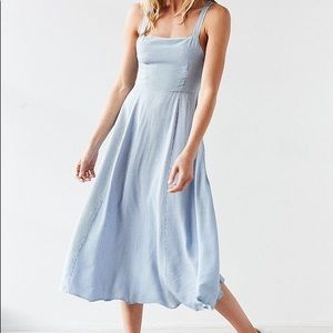 Urban Outfitters Silence and Noise NWT midi dress